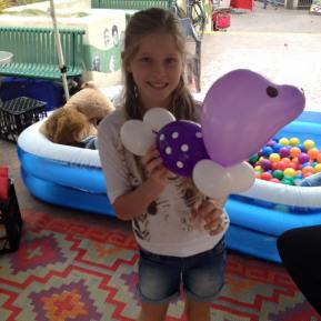 Balloon seal friend